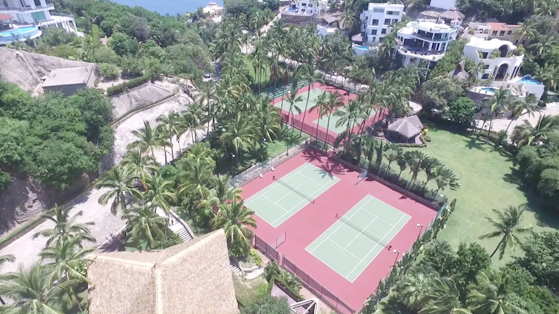 tennis-daytime
